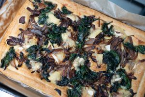 Brie & red onion tart