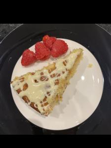 Lemon Drizzle & White Chocolate Cake Slice